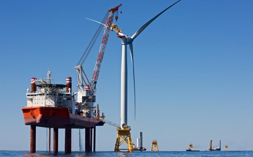 Offshore Wind Jack-Up Vessel.jpg
