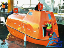 F.R.P Totally Enclosed Lifeboat